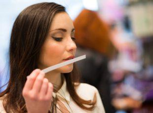 Aprenda a escolher o perfume certo para dar de presente